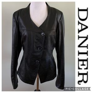 Danier Leather Black Coat Jacket Blazer Size small